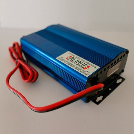 Cargador Aliant CB1210 + Kit Cable